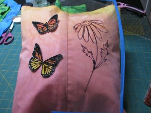 butterfly pillow flower quilting idea1
